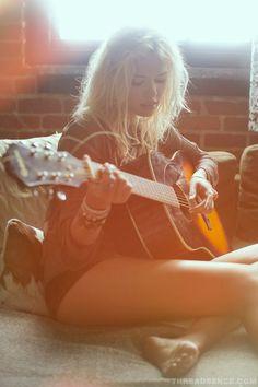 Hott blonde playin' the guitar!