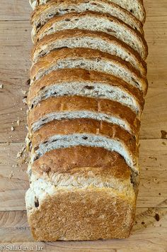 Oatmeal-Sunflower Bread -- A bread machine recipe