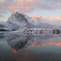 Onderweg vandaag vanaf Laukvik #licht# natuur # noorderlicht #Lofoten.