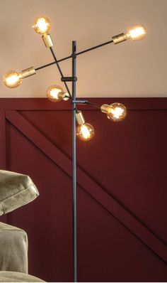 Vloerlamp Cross | woonkamer lampen, woonkamer vloerlamp zwart, vloerlamp woonkamer, lampen woonkamer, woonkamer verlichting, woonkamer inspiratie verlichting, verlichting inspiratie, verlichting woonkamer, verlichting eetkamer, industriele lampen, moderne lampen, metalen lampen, scandinavische lampen, vloerlamp scandinavisch, vloerlamp zwart, grote vloerlamp zwart, woontrend najaar 2019, interieur najaar 2019, hanglamp meerdere bollen, hanglamp meerdere lampen, hanglamp meerdere lichtpunten Modern Retro, New Homes, Lighting, Room, House, Inspiration, Home Decor, House Decorations, Contemporary Lamps