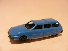 For sale 3 Euro >>Citroen CX 1:87 Plastic- Speelgoedenverzamelshop