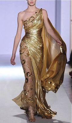 """Haute couture spring, summer This dress screams """"goddess. Elegant Dresses, Pretty Dresses, Formal Dresses, 20s Dresses, Amazing Dresses, Beautiful Gowns, Beautiful Outfits, Mode Glamour, Mode Inspiration"""