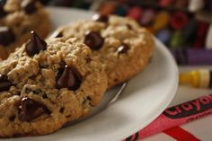Homemade Oatmeal Chocolate Chip Cookies - Making these this afternoon :) Oatmeal Snack Recipe, Oatmeal Dessert, Oatmeal Chocolate Chip Cookie Recipe, Oatmeal Cookies, Pudding Cookies, Oatmeal Recipes, Healthy Recipes, Snack Recipes, Delicious Recipes