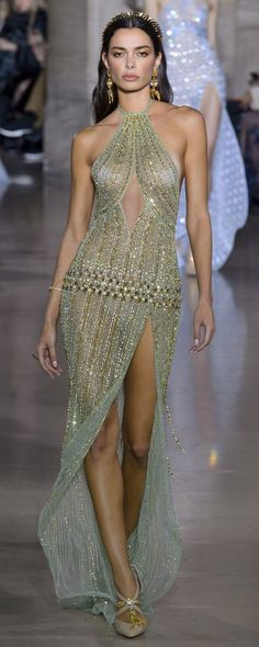 Georges Hobeika Frühjahr / Sommer 2018 - Alta costura - Lilly is Love Style Haute Couture, Spring Couture, Chanel Couture, Couture Fashion, Runway Fashion, Gowns Couture, Paris Fashion, Georges Hobeika, Look Fashion