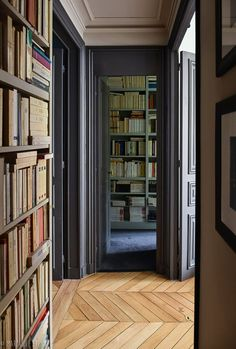 When was the last time you saw a walk in library in a bedroom? Guess we have to do this from now on! French Interior Design, Pastel Interior, Contemporary Interior, Interior Sketch, Parisian Apartment, Apartment Interior, Student Apartment, Cottage Interiors, French Interiors