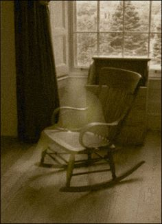 Geister Gespenster Paranomale Phänomene Real Ghost Photos, Ghost Pictures, Halloween Pictures, Creepy Ghost, Creepy Monster, Scary, Ghost Sightings, Myths & Monsters, Real Haunted Houses