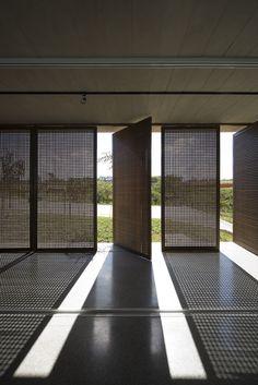 Imagem 24 de 30 da galeria de Fotografia e Arquitetura: Maíra Acayaba. Alphaville - Aum Arquitetos © Maíra Acayaba