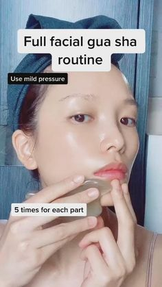 Beauty Tips For Glowing Skin, Health And Beauty Tips, Skin Tips, Skin Care Tips, Face Massage, Gua Sha Massage, Facial Yoga, Skin Care Routine Steps, Facial Care