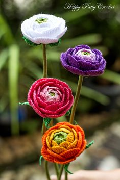 Ravelry: Ranunculus Flower pattern by Happy Patty Crochet