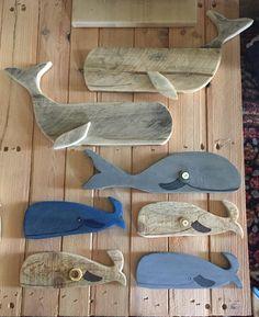 Boat Decor, Beach House Decor, Whale Crafts, Record Crafts, Whale Decor, Wood Fish, Beach Wood, Wooden Animals, Animal Decor