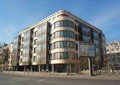 "COURSE HOUSE in Moscow, by Architectural bureau ""ARPM"" / Architekturbüro ""ARPM"" / Архитектурное бюро - мастерская «АРПМ» www.arp-m.com Final construction, 2009."