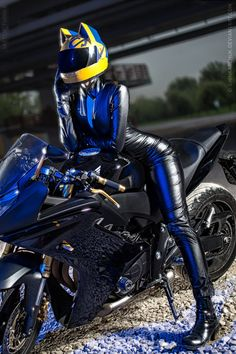 ~Celty Sturluson - Oniksiya Sofinikum Celty Sturluson Cosplay Photo - Cure…