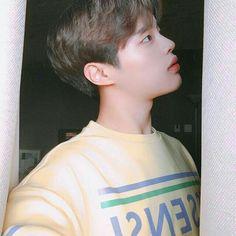 Ulzzang Couple, Ulzzang Boy, Asian Boys, Asian Men, Korean Student, Cute Gay Couples, Best Face Products, Asian Style, K Idols