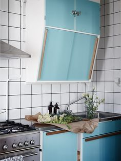 Atomic Age, Humble Abode, Backsplash, Home Kitchens, Countertops, Villa, Shelves, Vintage, Retro