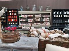Un giorno a Petra: Antico e Outdoor a Modena Petra, Liquor Cabinet, Outdoor, Furniture, Home Decor, Outdoors, Decoration Home, Room Decor, House Bar