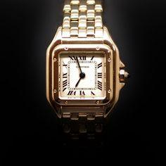 """à vendre : 4500€ Montre Cartier dame """"Panthère"""" Or 18k massif quartz Vers 1995. Mouvement quartz  diamètre 21 mm x 29 mm  longueur 17 cm poids brut : 68,0 gr  Boîte Cartier. vendu avec facture garantie 1 an"""