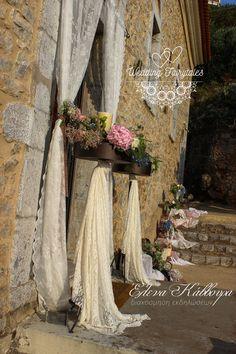 Στολισμός εκκλησίας, χώρος - Wedding Fairy Tales Table Decorations, Wedding, Home Decor, Doors, Valentines Day Weddings, Decoration Home, Room Decor, Weddings, Home Interior Design