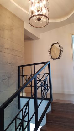 Entryway Tables, Stairs, Furniture, Home Decor, Ladders, Homemade Home Decor, Ladder, Staircases, Home Furnishings