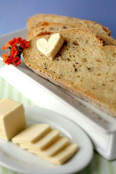 Basil, Garlic and Feta Bread