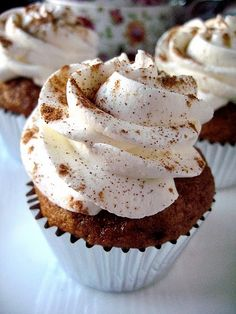 Pumpkin Pie Cupcakes with Whipped Cream. I love pumpkin pie, pumpkin cake, pumpkin cupcakes, and pumpkin drinks : )