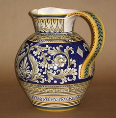 DERUTA-MAJOLICA-ITALIAN-POTTERY-HUGE-NAVY-GOLD-CREAM-HANDLED-JUG