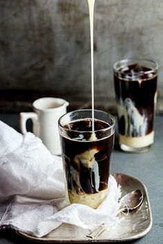 My ultimate Iced Coffee Ingredients strong black coffee sweetened condensed milk to serve coffee ice cubes Instructions Allow the coffee to come to room temperature. Fill a glass with coffee ice cubes and pour in the coffee. Coffee Cafe, Iced Coffee, Coffee Drinks, Espresso Coffee, Coffee Milk, Coffee Barista, Starbucks Coffee, Sexy Coffee, Coffee Creamer