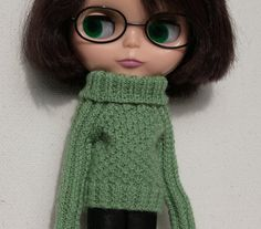 Blythe sweater Green sweater for Blythe doll Long sleeve sweater Blythe clothes Hand knitted wool doll sweater Blythe green cloth Hand knit