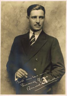 Movie still photograph, biography and filmography of film star Ronald Colman Hollywood Actor, Golden Age Of Hollywood, Classic Hollywood, Old Hollywood, Silent Screen Stars, Silent Film Stars, Movie Stars, Ronald Colman, Paul Lukas