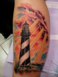 I want this lighthouse tattoo for my daddy, I love it!!!