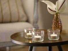 Al meer dan 150 jaar is Gouda bezig met het perfectioneren van hun kaarsen en dat is te zien. De kaarsen zijn kwalitatief erg goed door de perfecte balans tussen kaarsvet en lont. Met Gouda kaarsen bent u verzekerd van een heldere en contstante vlam, geen druipen of walmen en de kaarsen zijn moeiteloos opnieuw aan te steken! Gouda, Tea Lights, Candle Holders, Candles, Products, Tea Light Candles, Porta Velas, Candy, Candle Sticks