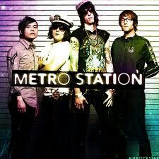I FREAKING LOVE METRO STATION<3<3 I WISH THEY STILL WERE A BAND!!!!!!<3<3<3