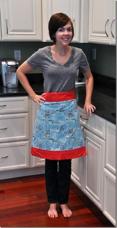 Looks like an easy sewing project... I must make myself one!   http://decorandthedog.net/decorandthedog/2012/08/easy-sew-apron-in-mason-jar.html