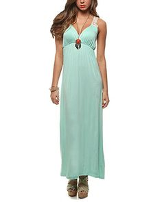 This would be so cute with a denim vest!!!
