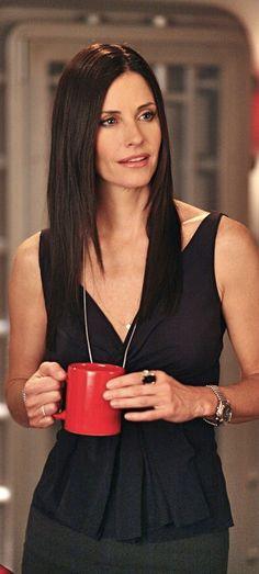 Courteney Cox as Monica E. Courtney Cox, Friends Cast, Friends Tv Show, Jennifer Beals, Jennifer Aniston, Katherine Moennig, Ex Girlfriends, Sandra Bullock, Role Models