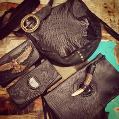 Some gorgeous custom pieces we sent over to our favourite store @islandluxeofficial  Pictured is our Black Sheep skin Nomad Bag with matching Staghorn Clutch, Eagle Spirit wallet with solid brass eagle and hand carved Western Floral wallet with labradorite stone inlay!  These are totally badass! If your interested in placing a custom order please email us at terry@buffalogirl.com.au