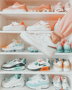 Aesthetic Shoes, Aesthetic Clothes, Cute Fashion, Vintage Fashion, Custom Af1, Swag Shoes, Popular Shoes, Fresh Shoes, Hype Shoes