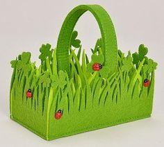 rectangular-lucky-clover-felt-basket-ladybirds-handle