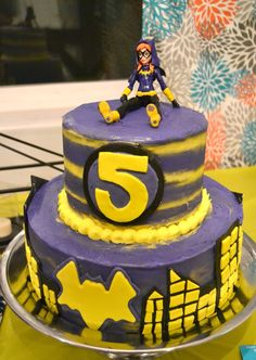 An easy to make Batgirl cake for your super hero loving little one. It's a combo of buttercream and fondant and can be whipped together in a day. Batgirl Cake, Batgirl Party, Birthday Cake Girls, Happy Birthday Cakes, 3rd Birthday, Birthday Ideas, Batman Cake Topper, Cake Toppers, Wonder Woman Birthday