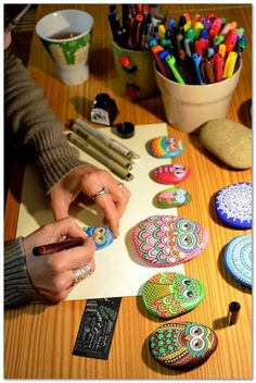 100+ DIY Ideas of Painted Rocks with Inspirational Picture and Words 1