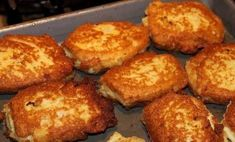 Old Fashioned Salmon Patties – Delicious recipes to cook with family and friends. Old Fashioned Salmon Patties Best Salmon Patties, Salmon Patties Recipe, Southern Salmon Patties, Shrimp Patties, Chicken Patties, Fish Recipes, Seafood Recipes, Cooking Recipes, Cooking Fish