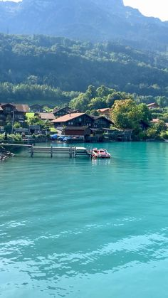Iseltwald on Lake Brienz Oh The Places You'll Go, Places To Visit, Best Of Switzerland, Justin Bieber Images, Travel Guides, Beautiful Places, Scenery, To Go, Traveling