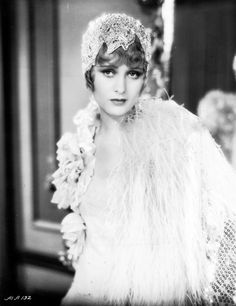Dolores Costello in Glad Rag Doll (Drew Barrymore;s grandmother) Vintage Hollywood, Old Hollywood Glamour, Classic Hollywood, 1920s Glamour, Hollywood Stars, Mode Vintage, Vintage Ladies, Look Gatsby, Vintage Beauty