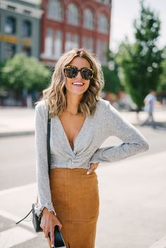 Take a look at the best winter Tops 2018 in the photos below and get ideas for your outfits! 40 Winter Fashion 2018 Outfits To Copy Image source Fashion Moda, Work Fashion, Fashion Outfits, Womens Fashion, Fashion Trends, Fashion Tips, Color Fashion, Fashion 2018, Cheap Fashion