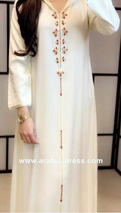 Mode Abaya, Mode Hijab, Moroccan Caftan, Moroccan Style, Caftan Dress, Hijab Dress, New Hijab Style, Duct Tape Dress, Kaftan Pattern