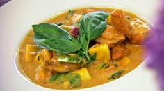 Easy Delicious Recipes Tom Yum Soup (The Most Authentic Recipe! Pak Choi, Mango, French Bistro, Yummy Chicken Recipes, Restaurant, Thai Red Curry, Delish, Dishes, Meat