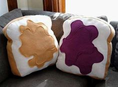sandwich sofa pillows