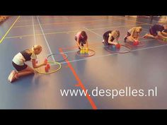 Speed Stacks Estafette in de gymles! - YouTube Leadership Activities, Motor Skills Activities, Indoor Activities For Kids, Therapy Activities, Educational Activities, Games For Kids, Crossfit Kids, Physical Education Lessons, Gym Games