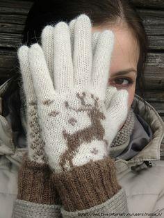 Варежки и перчатки с оленями