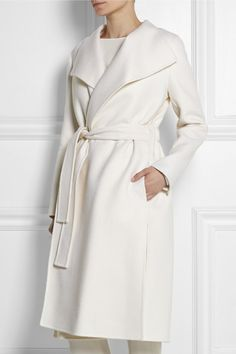 All White Look with Fendi Coat http://rstyle.me/n/vivjkbcukx