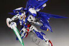RG x HG 1/144 remodeling Gundam Exia full Cross - Custom Build - Gundam Kits Collection News and Reviews